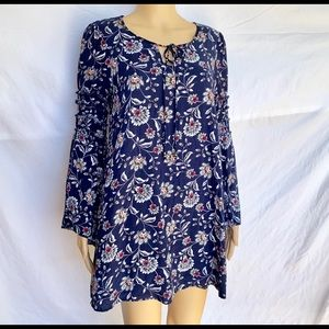 Entro Flowy Bell-Sleeved Lined Dress, Size Small